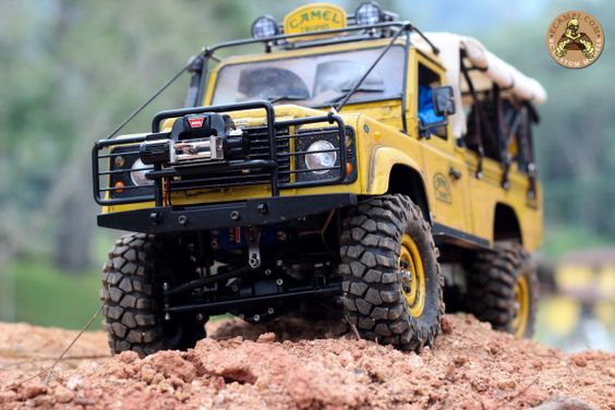 Land Rover Defender Pickup Camel Trophy RC 1/10 by ECampi.com