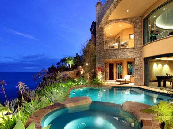 Yes please!!!! Not just the pool, but the view, the hot tub, the windows, the cliff, the lighting and once again...the view!!