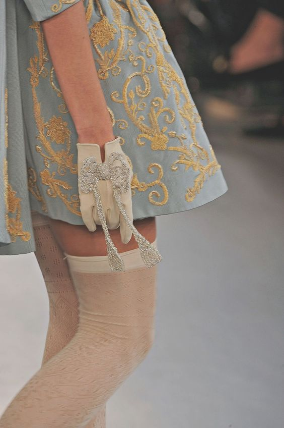 love those gloves!: Fashion Details, Fashion Art Couture, Womens Gloves, Meadham Kirchhoff, Things Inspiration, Wear Gloves, Style Details