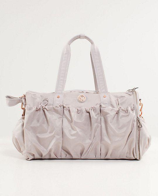Lululemon Bag! Must have!