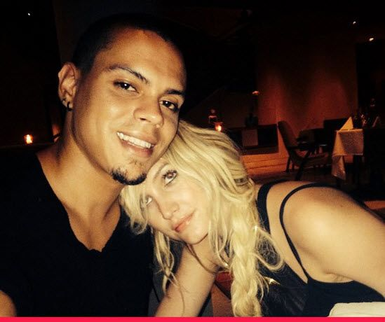 Ashlee Simpson & Evan Ross Share First Pic As Newlyweds!   toofab.com