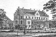 Lungholm Slot, Lolland - Har tidligere været kaldt Olstrupgaard, under hvilket navn den nævnes første gang i 1450. Fra 1639 har den været kendt under navnet Lungholm. Hovedbygningen er opført i 1853-1856 ved L. A. Winstrup, ombygget i 1906 ved H.C. Glahn og igen ombygget i 1953.