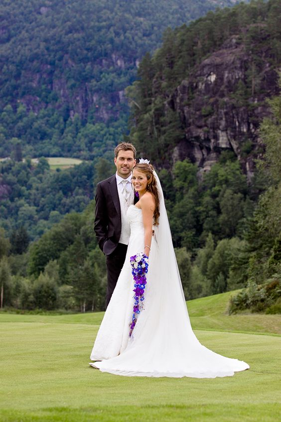 Purple Wedding Ideas - Purple bouquet | An authentic Norwegian wedding by Sherrell Photography || see more on artfullywed.com