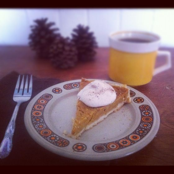 Allergen-friendly pumpkin tart with cinnamon whipped cream | autumn ...
