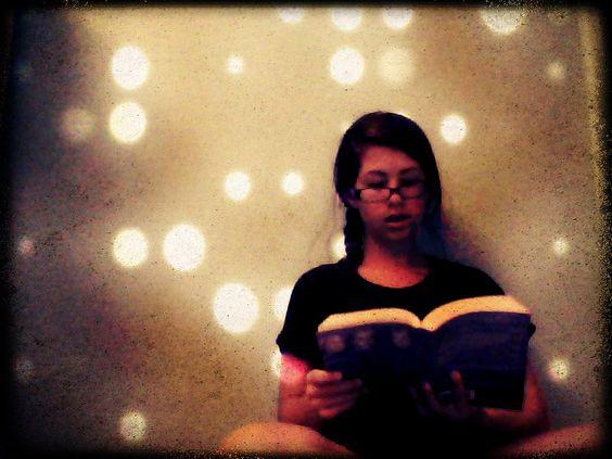 reading--pixleromatic editor and using self portrait tips via @abeautifulmess