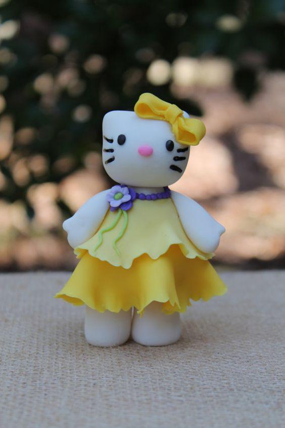Hello...Kitty
