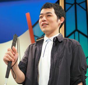 笑顔で話す濱田祐太郎さん