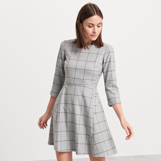 http://www.reserved.com/pl/pl/woman/all-1/clothes/dresses/qe849-09m/plaid-dress
