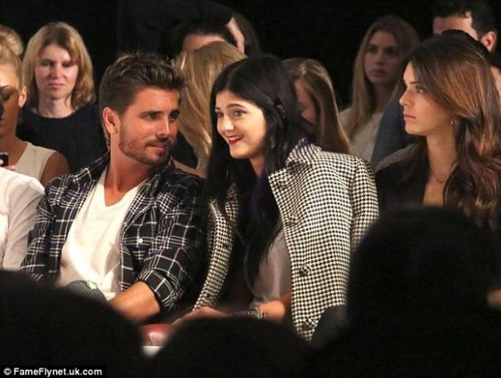 Why did the Jenner girls and Scott Disick get did flipped the bird? #BTT