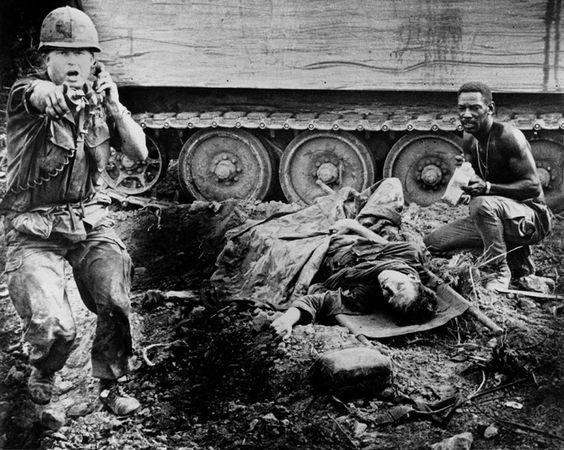 https://i.pinimg.com/564x/be/29/39/be29393aaea90b497e8163be2a7bcf97--vietnam-history-american-soldiers.jpg