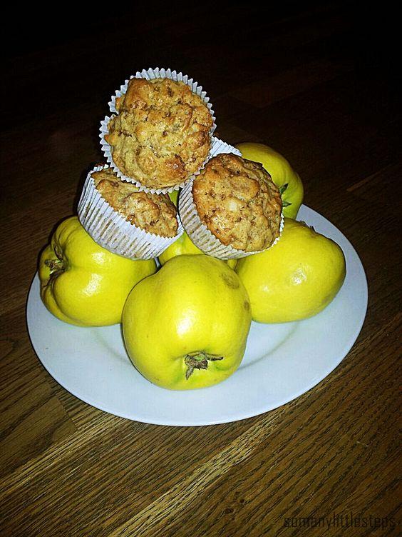 Saftige Quitten-Muffins mit Haselnusskrokant (laktosefrei) ♥ mit diesem Rezept kannst Du sofort mit dem Backvergnügen starten: http://somanylittlesteps.wordpress.com/2014/10/01/quitten-muffins-mit-haselnusskrokant-laktosefrei/ #Quitten #Muffin #Haselnusskrokant #laktosefrei #Nuesse #fruchtig