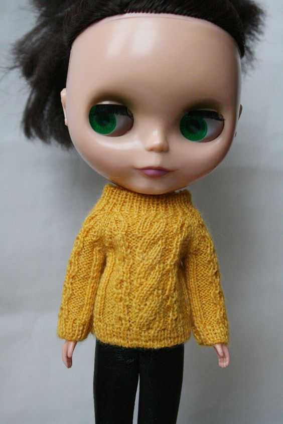 Blythe sweater Yellow knitted sweater for от VolnaDollsClother