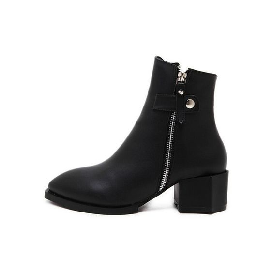 Black Pointy Zippers Boots ($39) ❤ liked on Polyvore featuring shoes, boots, black zipper boots, kohl boots, zip shoes, zipper shoes and pointy shoes