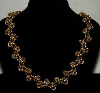 Necklace. collar técnica Medieval