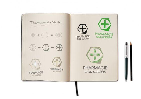 Recherche de logo. Pharmacie des Sables par Mobil M