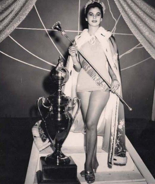 1958. Luz Marina Zuluaga (Colombia)