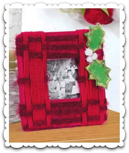 Add some warmth to a plain photo frame by wrapping with #yarn!