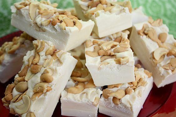 ~ White chocolate fudge with cashews ~