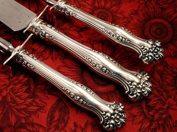 Victorian Antique Art Nouveau 1901 AVON pattern - My favorite Art Nouveau Pattern!   Rare Carving Set