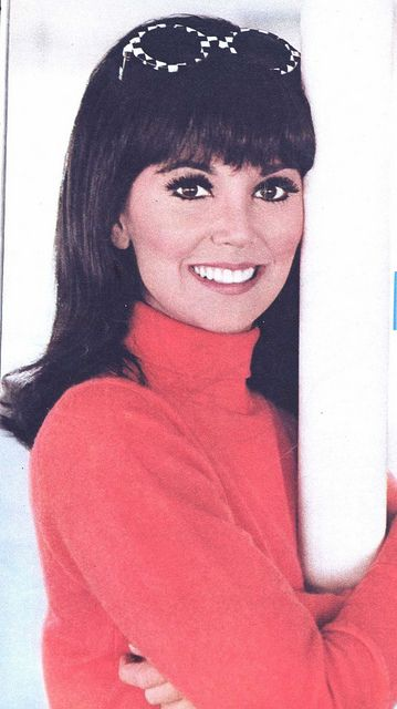 Actress Marlo Thomas. Image comes via: http://www.flickr.com/photos/silverbluestar/4505878392/
