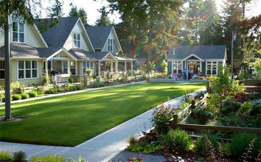 Examples Of Cottage Courts A Development Of Tiny Separate Houses Arranged Around A Common Shared Pocket Neighborhood Tiny House Community Tiny House Village