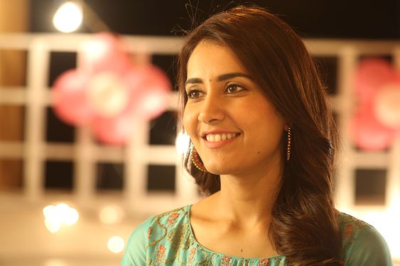 """MY ROLE IN ADANGA MARU ISN'T CONFINED TO BLINK AND MISS, BUT A VALUABLE ONE"" – RAASHI KHANNA"