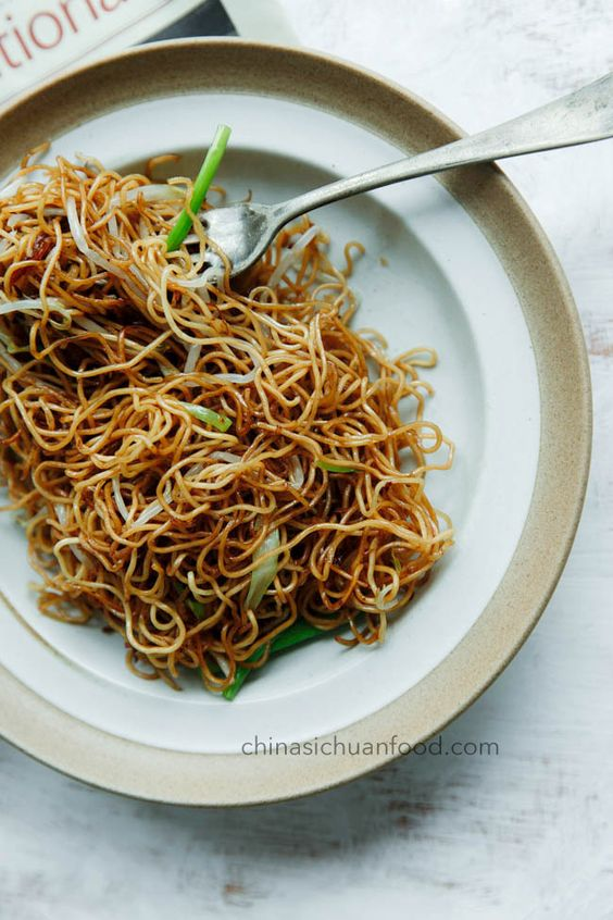 Soy Sauce Pan Fried Noodles (Cantonese Chow Mein) | China Sichuan Food