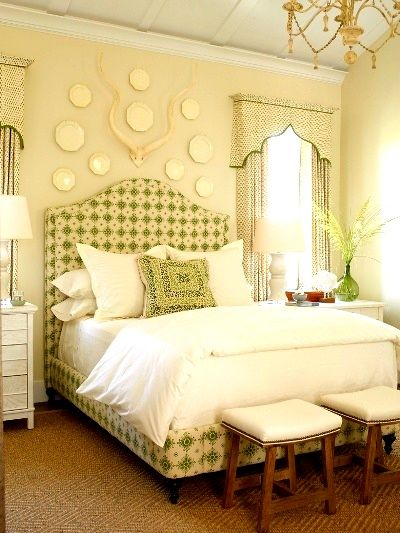 7 Different ways to arrange bed pillows.