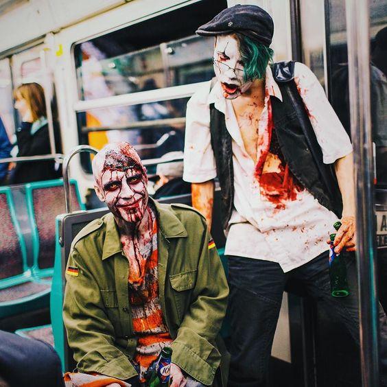 Walking Dead in Metro Paris  by vutheara