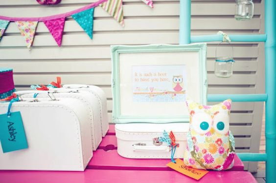 """Im LOVING this blog....this little girls party was a """"night owl sleepover""""...I wanted to pin 5 pics from this party, go check it out!"""