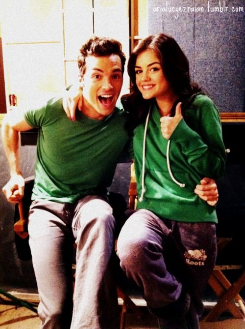 ezra fitz and aria dating in real life Ian harding plays ezra fitz, aria's hunky teacher and former there's a significant other in his life, but ian's about who they're dating all the.