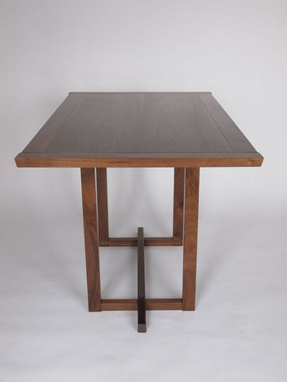 Narrow dining table for a small dining room pedestal for Narrow dining room table