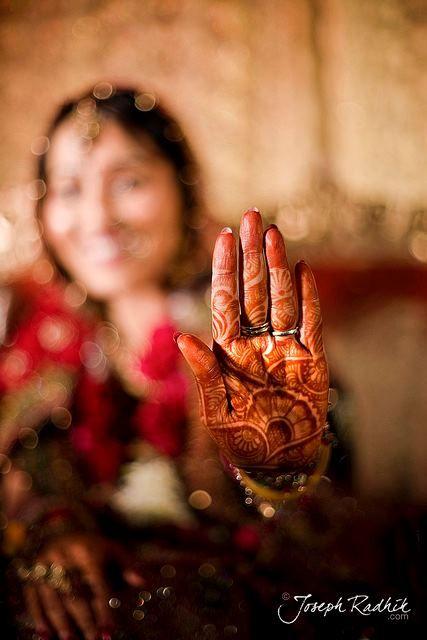 Dulhan Bride Indian Pakistani Desi Wedding Henna Mehndi