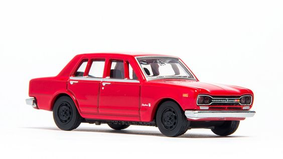 Nissan Skyline 2000 GT-R by RagnaRulZ.deviantart.com on @DeviantArt