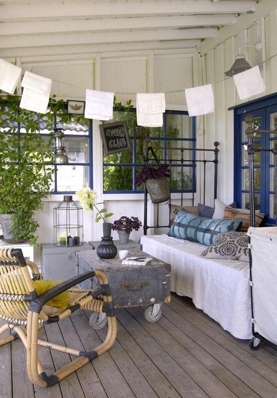 Romantisk: en herlig og romantisk uteplass med tak over, her kan ...