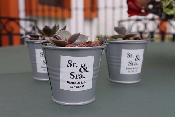 Detalles en planta para boda ~ wedding favors