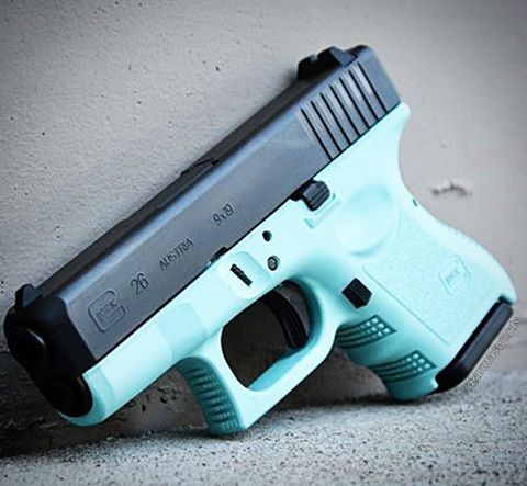 Manufacturer: Glock Mod. G26 Type - Tipo: Pistol Caliber - Calibre: 9 mm Capacity - Capacidade: 6 Rounds Barrel length - Comp.Cano: 3.4 Weight - Peso: 558...