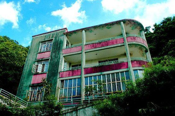 Abandoned Art Deco Mansion in Hong Kong: Art Deco Art, Abandoned Hong, Art Deco House, Art Deco Style, Abandonedmansions16 Top, Art Deco Abandoned Mansion Jpg, Abandoned Mansions, Abandoned Places, Abandoned Art