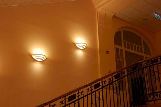 Louis Poulsen Oslo Uplight LED