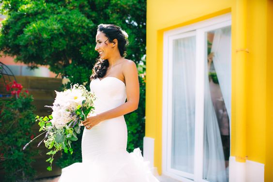 Bride in the Wedding Ceremony #Cascais #Wedding #Portugal Photography by Gloria Aguiam Fotografas @Gloria Aguiam #gloriaaguiamfotografas
