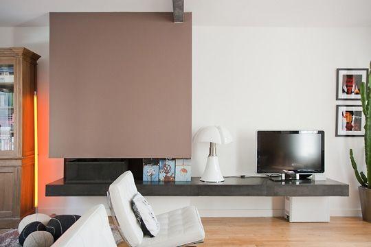 idée pour la télévision mais en angle pour nous #déco maison #cheminée contem -> Tele En Angle Deco Contemporaine