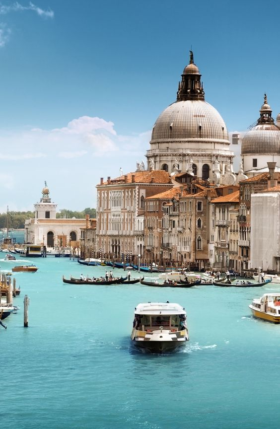 Grand Canal and Basilica Santa Maria della Salute, #Venice, #Italy #Travel #Vacation #Photography