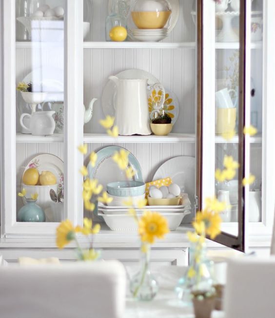 How to style a hutch for Spring! Gorgeous pictures....must see. @craftberrybush: