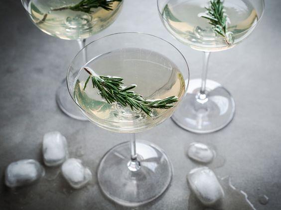 Cocktail au limoncello, prosecco et romarin... et le mot de la fin ! | Christelle is Flabbergasting