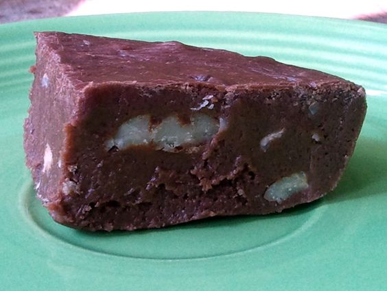 The Little Gray House: 12 Days of Christmas Treats: Easy Fudge