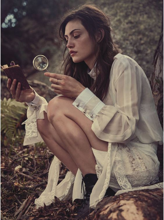 Lost in Time: Phoebe Tonkin, Australian model & actress for VOGUE Australia, March 2015 | via www.orientsystem.com