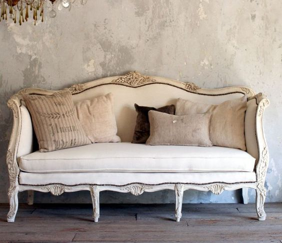 Antique Victorian Sofa Styles: How To Update A Vintage 1950s Victorian Style Couch