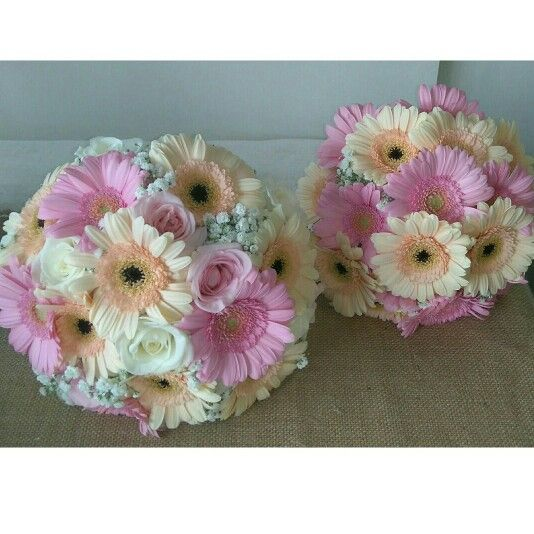 gerbera bridal bouquet with roses