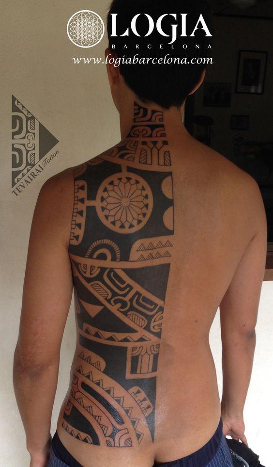Φ Artist TEVAIRAI Φ Info & Citas: (+34) 93 2506168 - Email: Info@logiabarcelona.com www.logiabarcelona.com #logiabarcelona #logiatattoo #tatuajes #tattoo #tattooink #tattoolife #tattoospain #tattooworld #tattoobarcelona #tattooistartmag #tattoosenbarcelona#tattoos_of_instagram #ink #arttattoo #artisttattoo #inked #inktattoo #tattoocolor #espalda  #tattooartwork #maoritattoo