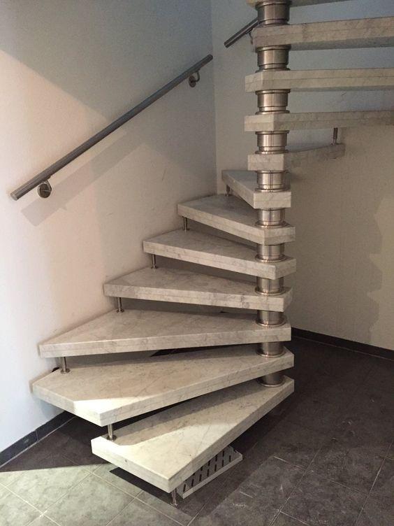 marmor treppen zeichnen sich durch ein zeitloses und imposantes design aus jede marmor. Black Bedroom Furniture Sets. Home Design Ideas